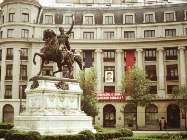 Imagini-rare-cu-Romania-anilor-1980-facute-de-un-angajat-de-la-ambasada-SUA-2